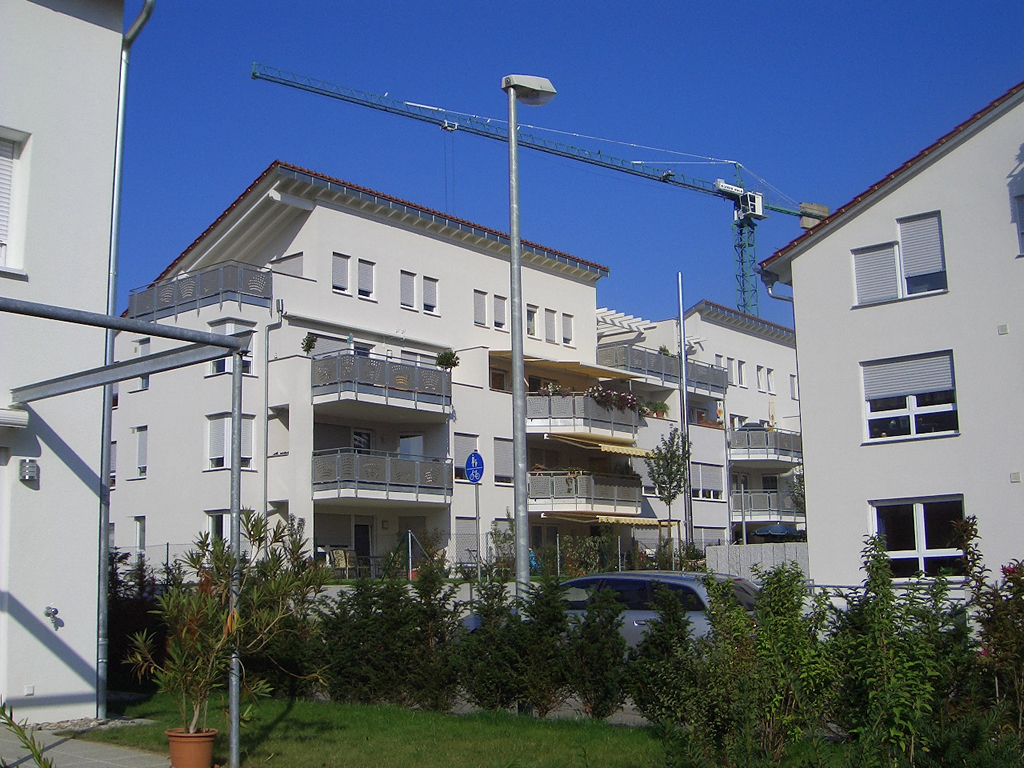 Bild 1: 12-Familien- Wohnhaus