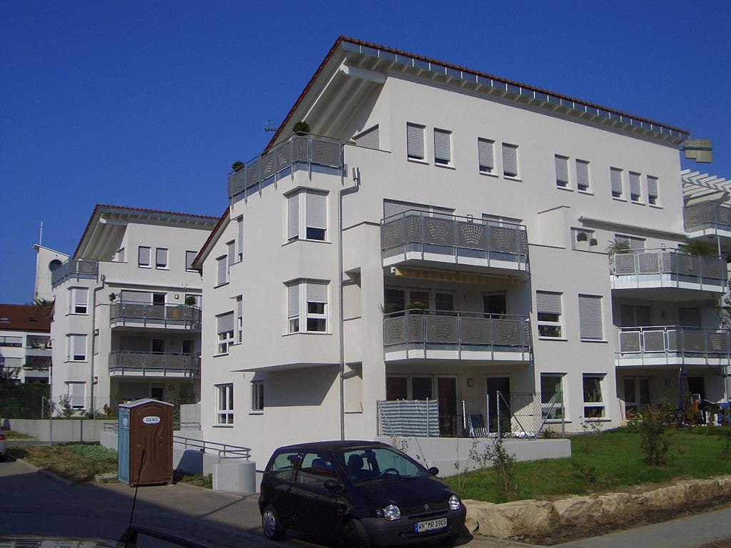 Bild 4: 12-Familien- Wohnhaus