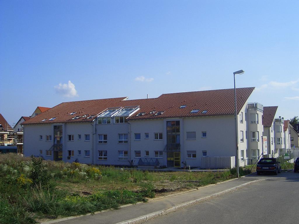 Bild 5: 12-Familien- Wohnhaus
