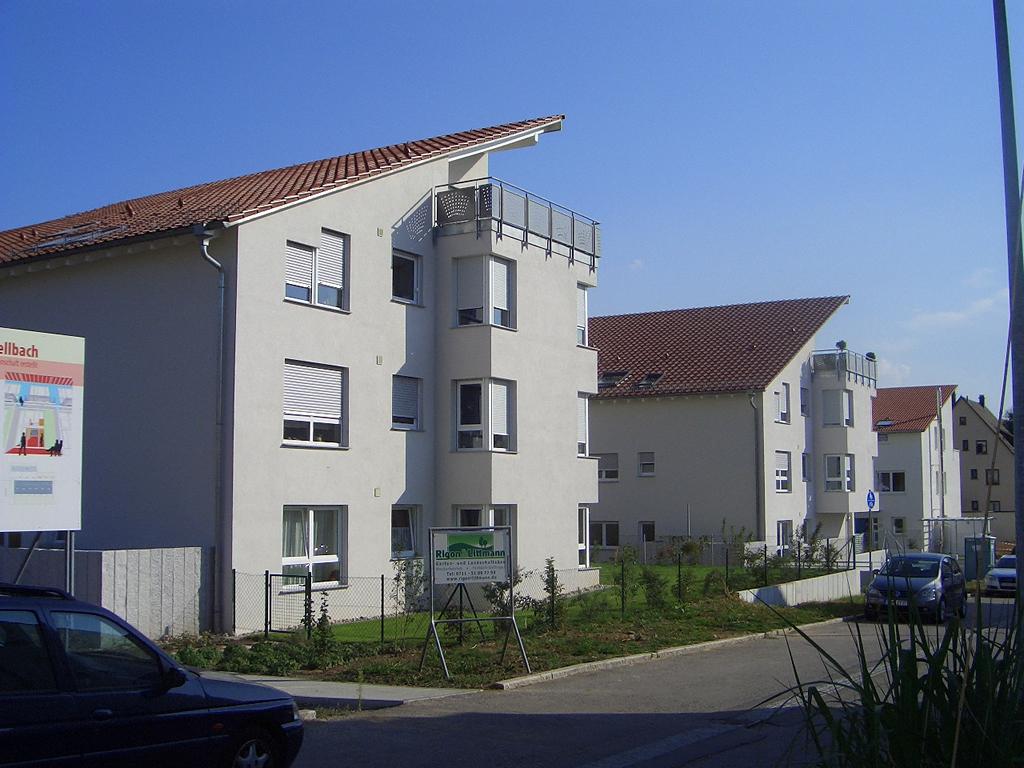 Bild 7: 12-Familien- Wohnhaus