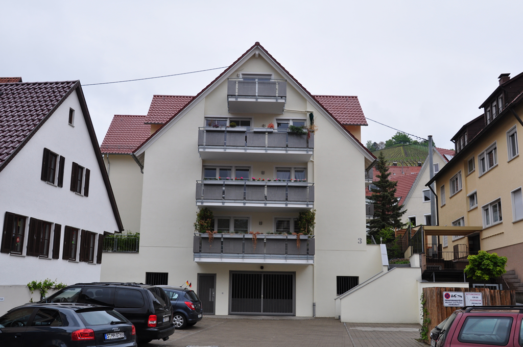 6-Familien-Wohnhaus