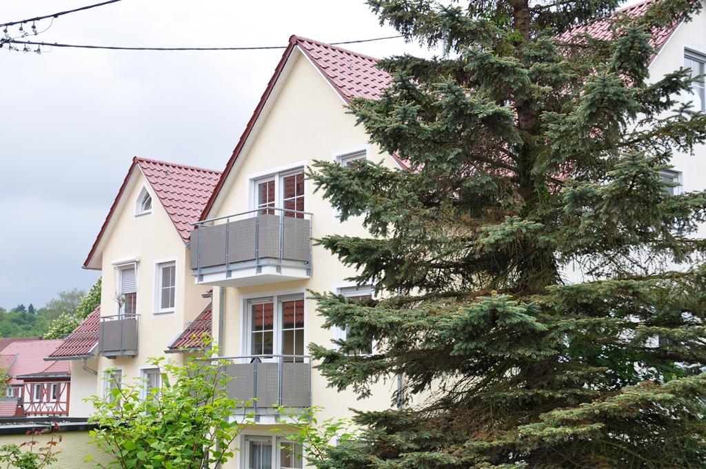 Bild 2: 6-Familien-Wohnhaus