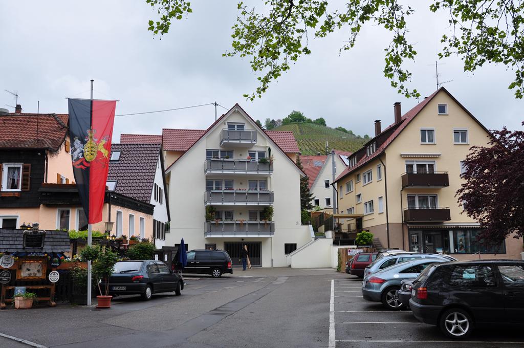 Bild 7: 6-Familien-Wohnhaus