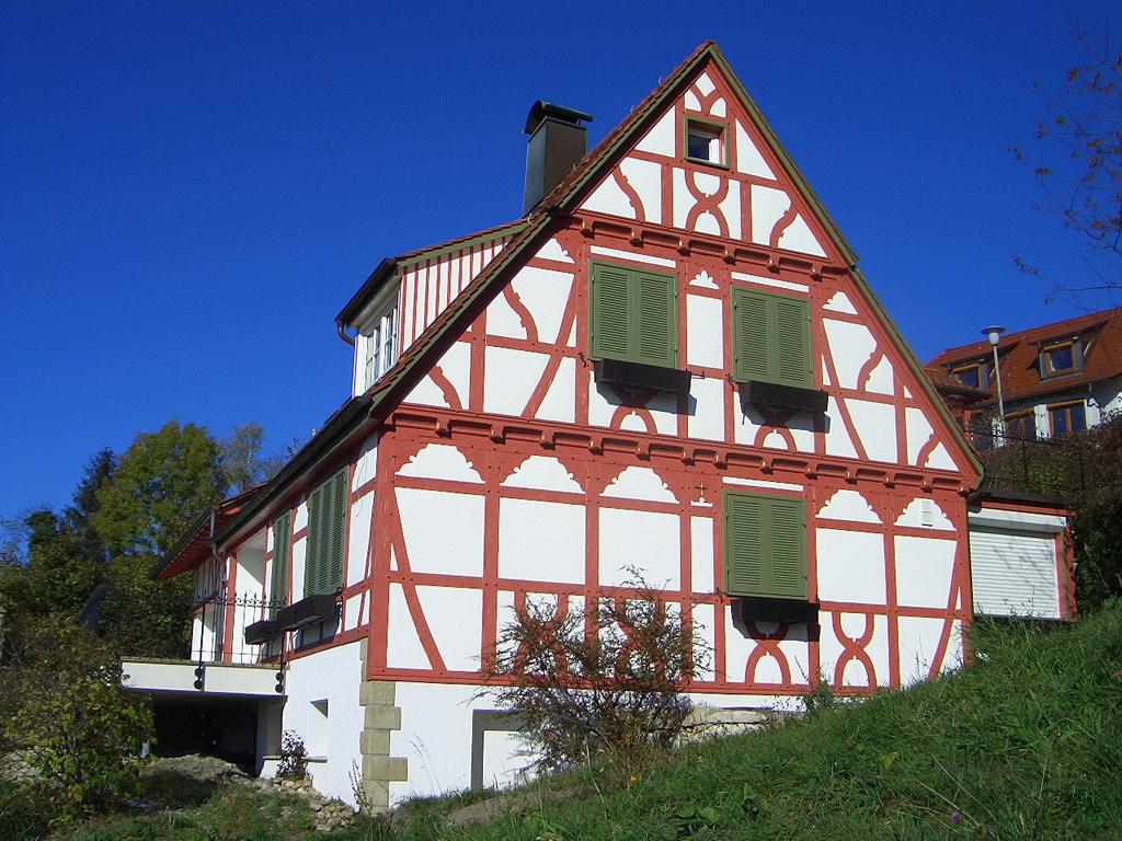 Fachwerk Re- konstruktion Auenwald