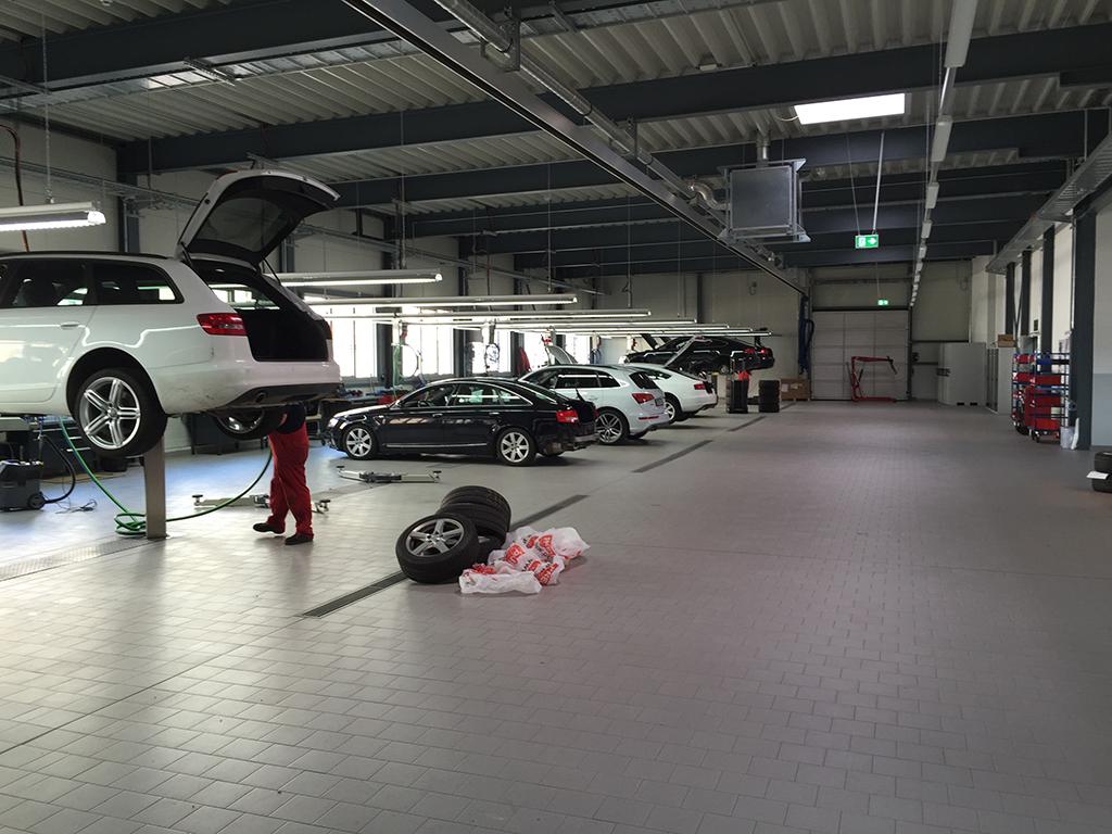 Bild 8: Neubau Hahn Gruppe Göppingen Audi Terminal