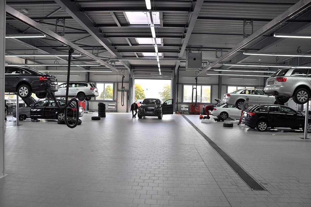 Bild 6: Neubau Hahn Gruppe Ludwigsburg Audi Terminal